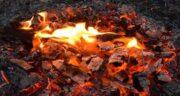 شعر در مورد آتش ؛ و چای و خاکستر و زرتشت از مولانا و سعدی و حافظ